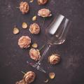 wineroses.png